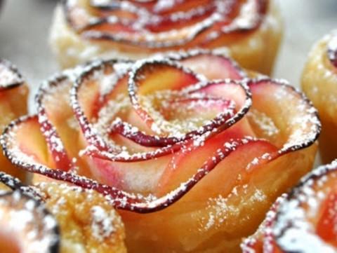 Τριαντάφυλλα από μήλα!