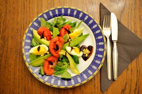 Ελαφριά σαλάτα με αβοκάντο